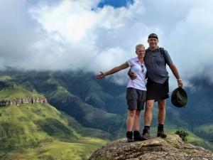 Fanie-and-Annette-Hiking-in-Drakensberg